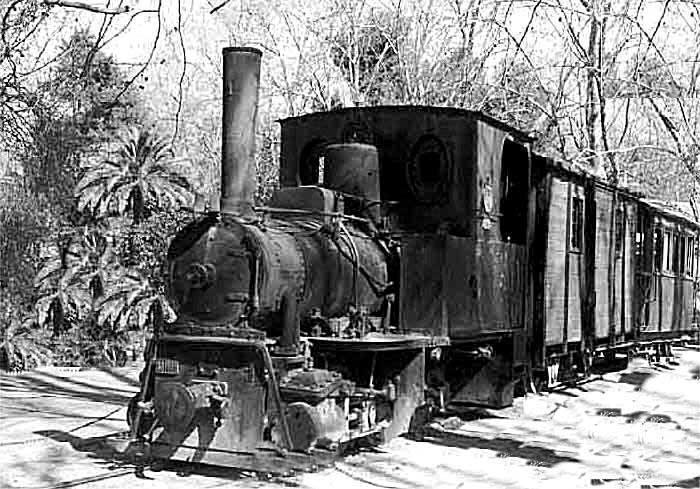 Tren parado en estacion - 5 8